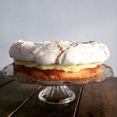 ⚡️Lemon meringue cloud cake⚡️ vanilla frangipane topped with lemon+lime curd & a cloudy meringue. We're excited about Saturday fika! Lemon Curd, Lemon Lime, Cloud Cake, St Just, West Cornwall, Bude, Fika, Meringue, Vanilla