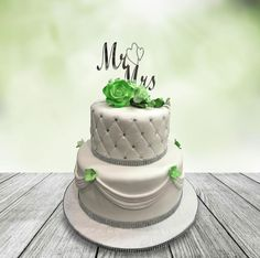 Mr and Mrs Green Flowers by MsTreatz - http://cakesdecor.com/cakes/298222-mr-and-mrs-green-flowers