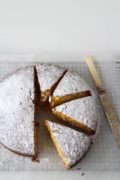Classic Vanilla Cake 1 cup plain flour 1/4 teaspoon salt 1 teaspoon baking powder 1 cup sugar 250g butter, melted 2 eggs 45ml (9 teaspoons) milk 1 tablespoon vanilla essence - See more at: http://madefromscratch.co.nz/classica-vanilla-cake/#.U8OA7fmSxMF
