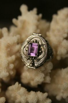Organic solid wax cologne perfume in amethyst poison ring