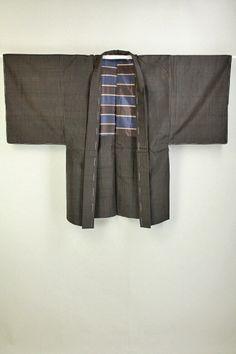 Dark Brown Haori,  Black Stripe Pattern / 焦げ茶地 黒の細縞柄 羽織   #Kimono #Japan http://www.rakuten.co.jp/aiyama/