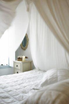 Ideas for honeymoon suites in Santorini Honeymoon Hotels, Honeymoon Suite, Santorini Hotels, Santorini Wedding, Motel, Resorts, Room Inspiration, Photo Galleries, Cozy