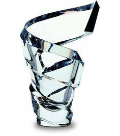 Crystal DNA... (Spirale vase by Thomas Bastide for Baccarat) #Baccarat #decoration #crystal #vase #tornado