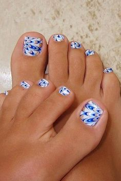 Blue toe nail art best 30 really cute toe nails for summer pretty designs Simple Toe Nails, Pretty Toe Nails, Cute Toe Nails, Cute Toes, Pretty Toes, Fancy Nails, Toe Nail Art, Pretty Pedicures, Beautiful Toes