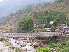 Nepal - Annapurna Circuit: Day 1: Besi Sahar to Bhulbule