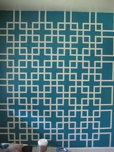 trellis wall paint pattern  (I wish I had the time and patience to do this)