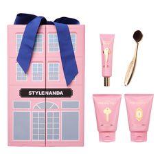 K-Beauty & Korean Skin Care and Beauty Shop Tea Packaging, Cosmetic Packaging, Brand Packaging, Packaging Design, Korean Cosmetics Online, Cosmetics Online Shopping, Korean Beauty Shop, Box Braids Bun, Bubble