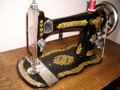 Singer VS2 Treadle Sewing Machine and Cabinet by blackswansewing, $795.00