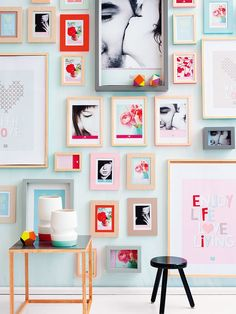 Making pictures of walls: bright moments of life in the interior of