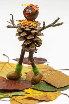 DIY con castañas y piñas Autumn Crafts, Autumn Art, Nature Crafts, Christmas Crafts, Diy Crafts For Kids, Art For Kids, Arts And Crafts, Paper Crafts, Acorn Crafts
