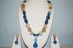 Single Line Semi-Precious Stone Necklace Made With Blue Onyx, Ribbed Agate.