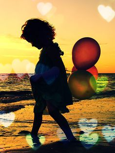 balloons // reminds me of me when I was a little girl ~ <3 ~
