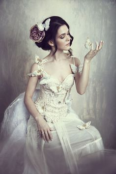 """moonbeam kisses  .. X ღɱɧღ 