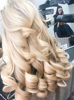 Big Curls For Long Hair, Long Blonde Curly Hair, Long Curls, Super Long Hair, Thick Hair, Gorgeous Hair, Beautiful, Pretty Hairstyles, Wedding Hairstyles