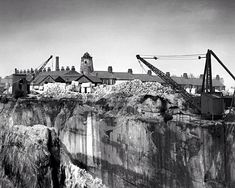An amazing view of the quarry at Storeton, Higher Bebington. Local History, British History, Liverpool Docks, New Brighton, Old Photos, England, Places, Water, Windmills