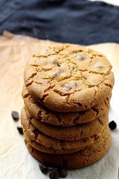 WOW det her er simpelhen de bedste cookies online. Chocolate Chip Cookies, Brownie Cookies, New York Times, Nutter Butter, Pumpkin Cookies, Nutella, Cakes And More, Clean Eating Snacks, Chocolate Recipes