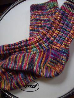 Ravelry: Project Gallery for Bloody Mary pattern by Sandra Park Free pattern Crochet Socks, Knitted Slippers, Wool Socks, Knit Or Crochet, Knitting Socks, Hand Knitting, How To Purl Knit, Baby Socks, Knitting Patterns Free