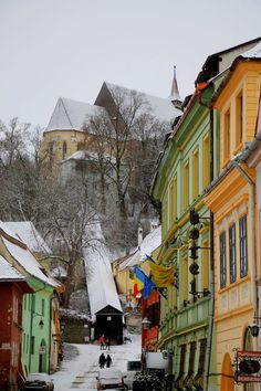 Sighisoara, Bran and Brasov- chasing Dracula. Places To Travel, Places To Visit, Romania Travel, Bucharest, Travel Inspiration, Travel Ideas, Eastern Europe, Walking Tour, Old Town