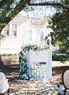Traditional Blue and Gold New Orleans Wedding Inspiration | Wedding Sparrow | Jacqueline Dallimore Photography