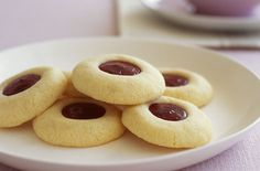 Shortbread cookies with strawberry jam filling. Not as sweet as I was expecting, but they aren't sugar cookies.
