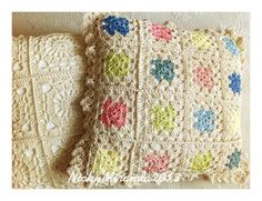 2012 work in progress: Pillows time!Cuscini a uncinetto.