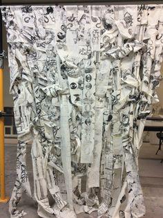 Impressão sobre tecido, de matrizes em relevo ( trabalho final coletivo )