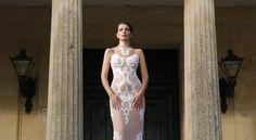 Στις σελίδες της Βρετανικής Vogue η Κερκυραία σχεδιάστρια Μαριάννα Καστρινού Diy Paper, Paper Crafts, Diy Crafts, Cute Diys, Prom Dresses, Formal Dresses, Vogue, Fashion, Weddings