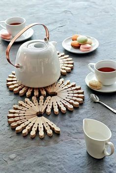 Diy Projects To Try, Crafts To Make, Fun Crafts, Decor Crafts, Art Projects, Craft Gifts, Diy Gifts, Handmade Gifts, Stylish Kitchen