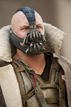 """New pic of Bane from Dark Knight Rises at Total Film, to whom Tom Hardy explained there were two masks, one for stunts & one for close-up """"sexy glam shots,"""" heh heh."""