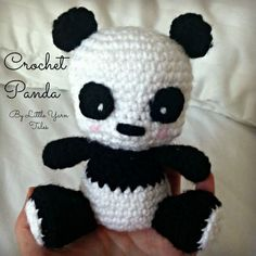 Pattern: Crochet Panda Panda – Free Amigurumi Pattern here: littleyarntales. Crochet Panda, Crochet Baby Hats, Crochet Patterns Amigurumi, Cute Crochet, Crochet Animals, Crochet Crafts, Crochet Dolls, Crochet Yarn, Ravelry Crochet