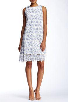 Julia Jordan Sleeveless Lace Dress