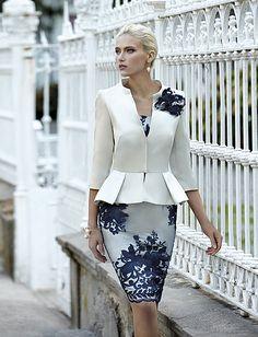la collection 2015 de robes de cocktail : Carla Ruiz. Découvrez la robe de soirée Carla Ruiz de vos rêves.
