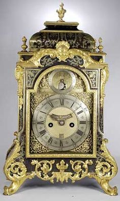 This clock is one of a number of spring clocks whose English movements reside in French Boulle marquetry cases. All seem to have been made during a short period of time, in the early Georgian / Regènce period, around 1725. Most of the movements are signed by London makers of Huguenot descent, notably Simon Decharmes, Isaac Duhamel, and Claudius Duchesne. Several important clocks by Thomas Tompion reside in French style cases.