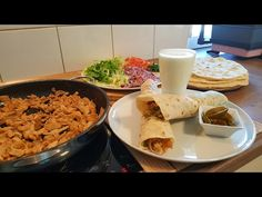 Tavuk Döner+Dürüm Ekmegi Tarifi(Evde kolay ve lezzetli bir tarif)-Hatice Mazi - YouTube