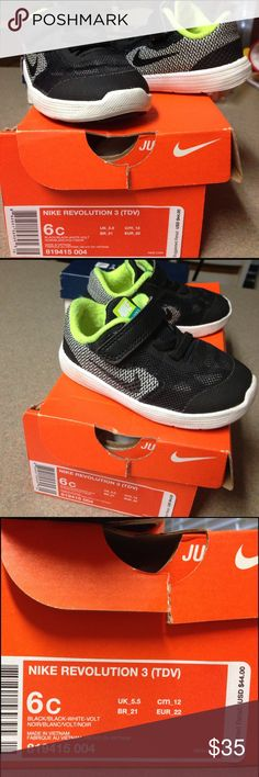 Nike Revolution 3 Toddler Shoes My baby knew he was fly in these 😂❤️! Great quality shoes. Almost new condition, except for a little sock remnants on the inside which can be removed. Box included. 30% off bundles! Nike Shoes Baby & Walker