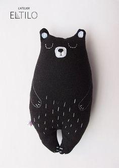 Roger l'ours  peluche  doudou fait main par AtelierEltilo sur Etsy