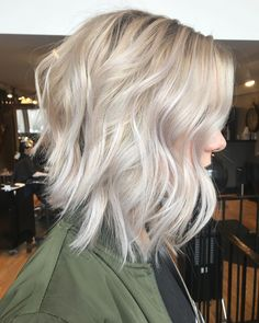 Khloe Hair, Blonde Lob, Aveda Color, Textured Bob, Dream Hair, Platinum Blonde, Pretty Hairstyles, Makeup Inspiration, Bobs