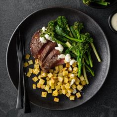 Beef Eye Fillet with Broccolini and Horseradish Béarnaise Lemon Potatoes, Diced Potatoes, How To Cook Potatoes, Fennel, Fries, Roast, Nutrition, Beef, Gourmet
