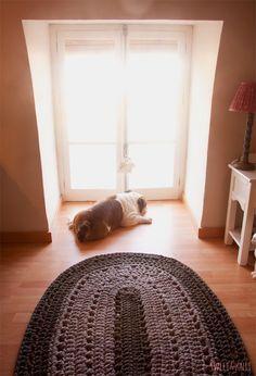 Patrón para tejer una alfombra de ganchillo XXL en ovalado. Free pattern