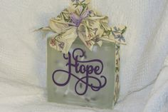 Glass Block Hope by PBCreativeDesigns on Etsy Glass Cube, Glass Boxes, Glass Etching, Etched Glass, Decorative Glass Blocks, Glass Block Crafts, Clay Pot Crafts, Vinyl Quotes, Mini Craft