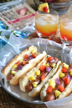 Fun ideas for hosting a Hawaiian Luau & a 4-Ingredient Mai Tai Mocktail recipe! @BallParkBrand #FinestGrillathon #sponsored