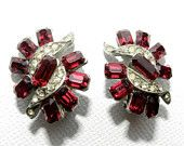 MoThErS DaY SALE Vintage Antique Art Deco Earrings Paste Merlot Rose Red Clear Rhinestone Clip Earrings Bridal Ball Prom Jewelry Spring Fash