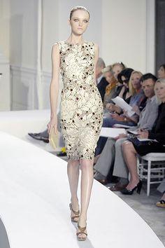 Oscar de la Renta Spring 2008 Ready-to-Wear Fashion Show - Vlada Roslyakova