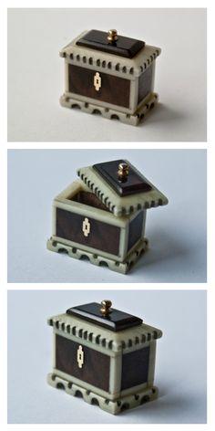 Walnut veneer and ivory casket approx 1''