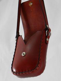 Bolso de Latigo de cuero hecho a mano teñida a mano rojo y