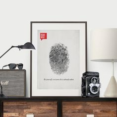 Los posters en Design Different retoman una tendencia entre los diseñadores: poner en un diseño una palabra o una cita de grandes pensadores.