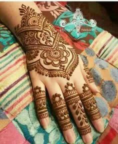 Indian Henna Designs, Mehndi Design Pictures, Mehndi Patterns, Latest Mehndi Designs, Bridal Mehndi Designs, Mehndi Designs For Hands, Simple Mehndi Designs, Mehndi Images, Henna Tattoo Hand