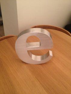 """e"" £25"