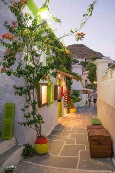 Plaka, Milos, Grecia www.unviajemagico.com