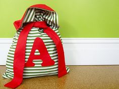 Great Santa Sack to DIY instead of wrapping paper!